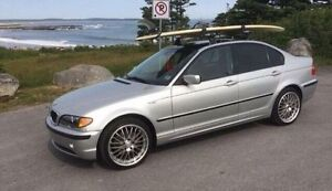 2003 BMW 325i. Mint condition