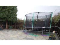 [SOLD] 12ft Trampoline (Free)