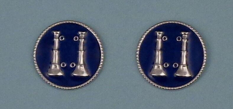"2 Bugles Parallel SILVER & BLUE Fire CAPT Captain Discs Collar/Lapel Pins 1"" USA"