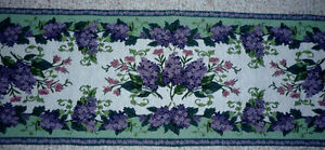 Lavender & Sage Brocade table runner .. like New .. Cambridge Kitchener Area image 1