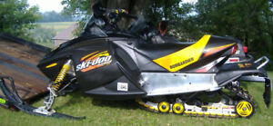 Looking for someone parting out a 2003 MXZ 800 or similar