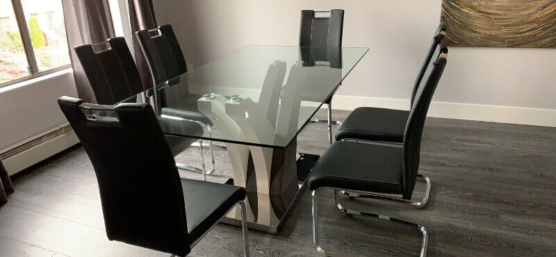 7-piece glass dinning room table & chairs