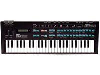 Yamaha DX100 keyboard