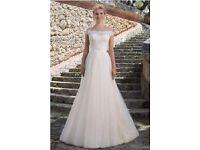 Stunning Wedding dress !!