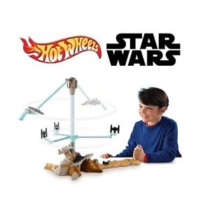 NEW: Hot Wheels Star Wars Escape from Jakku Play Set - $50