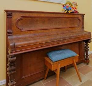 Piano  Mignon Upright Iron Frame Halls Head Mandurah Area Preview
