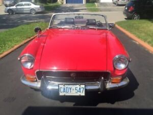 1971 Red MGB Certified