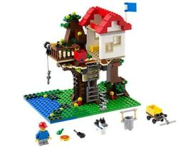 Lego creator tree house!