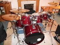Yamaha Stage Custom Advantage with Hardware, Cases, Cymbals and Pedals!! Perfect Xmas Present!!
