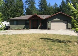 House on 1 acre just outside of Enderby