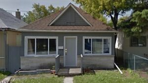 Cute 3 Bedroom House on Polson - Available Immediately