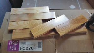 Placher bois franc Colonial Frêne Ash lustré 70% 280 pieds carré