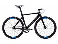 Brand New 2016 Giant Omnium Race Bike, unwanted present never been used