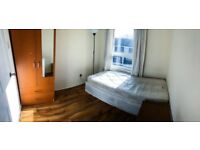 Nice Single Room 1 min to Tesco and market 6-8 to Bow Road St