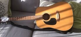 Left hand acoustic guitar only £20 be quick