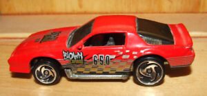 Hot Wheels Camero Z28 - Red - $6.00