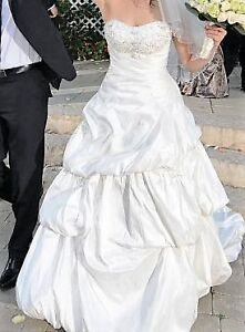 Beautiful Ivory Silk Wedding Dress (size 10-12 AU) Randwick Eastern Suburbs Preview