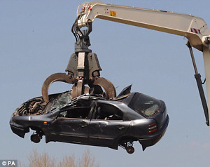 scarp/scrap pays(100 -2500) accident dead or alive cars and truc