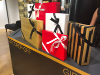Holiday Gift Wrapper - Hamilton