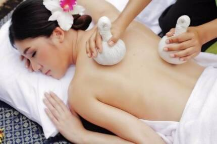 THAI HERBAL COMPRESS BALL FOR BODY PAIN RELIEF/RELATION MASSAGE