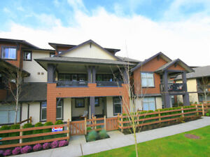 Clayton Apartment for sale: Sunset Grove 1 bedroom 651 sq.ft.