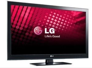 40 inch LG Plasma TV with remote in perfect condition!