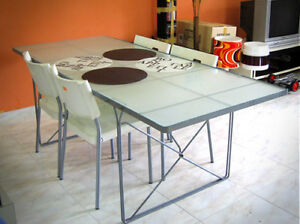 Table IKEA MOMENT en verre trempé/tempered glass
