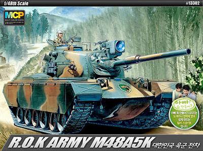 13302 1/48 ACADEMY  M48A5K (2 MOT.)