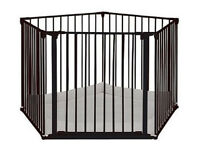 Baby or dog play pen or room divider