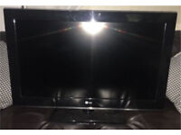 LG 32 inch widescreen HD ready LCD TV