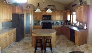 Outstanding Acreage Close to Regina, SK with lots of renovations Moose Jaw Regina Area image 6