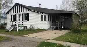 Bungalow for sale in Iroquois Falls