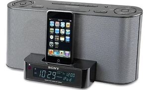 SONY AM/FM clock radio with built-in iPod dock