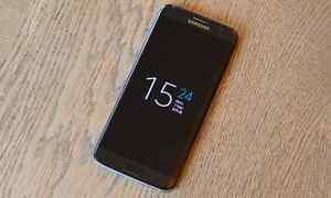 Unlocked mint condition S7 edge trade for Moto Z