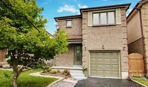 3 bedroom family home, Bowmanville - Available Dec.1st!!!