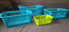 5 Storage baskets