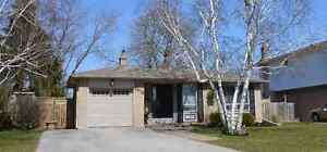 OPEN HOUSE Sat Apr 30 - Detached family home in great location
