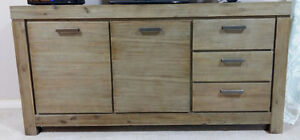 SIDEBOARD/ENTERTAINMENT UNIT