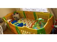 Extra Large Play Pen