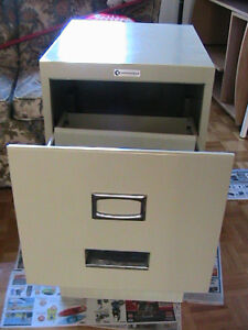 Metal Filling cabinet for 9x14 legal size