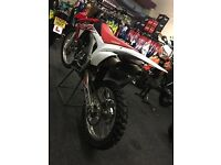 HONDA CRF250F 2015 TWIN YOSH PIPE 1 OWNER FROM NEW (LOW HOURS)