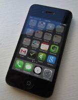 iPhone 4S avec étui en parfaite condition