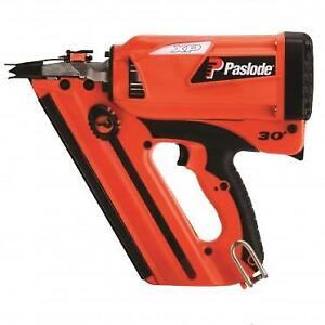 Paslode Cordless XP Framing Nailer Kit (Recon)