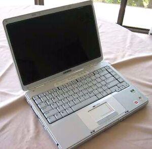 Company Presario V2000 laptop
