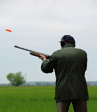 Your Guide to Buying Rifle Scopes for Clay Pigeon Shooting