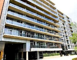 Elegant Condo In Superior Location Of Downtown At Adelaide St