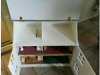 Vintage collectors doll house