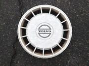Volvo 240 Hubcap