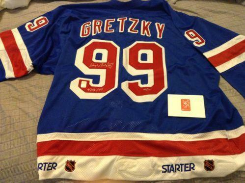 Wayne Gretzky Signed Jersey  78bc90db1