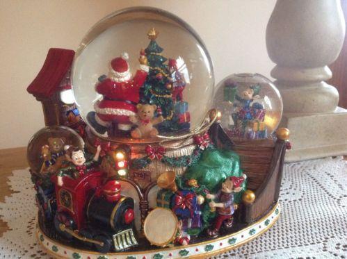 santa snow globe ebay - Large Christmas Snow Globes